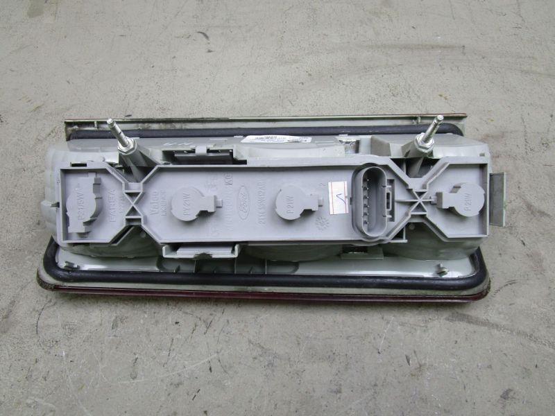 Rückleuchte Rücklicht rechts FORD TRANSIT CONNECT (P65 P70 P80)