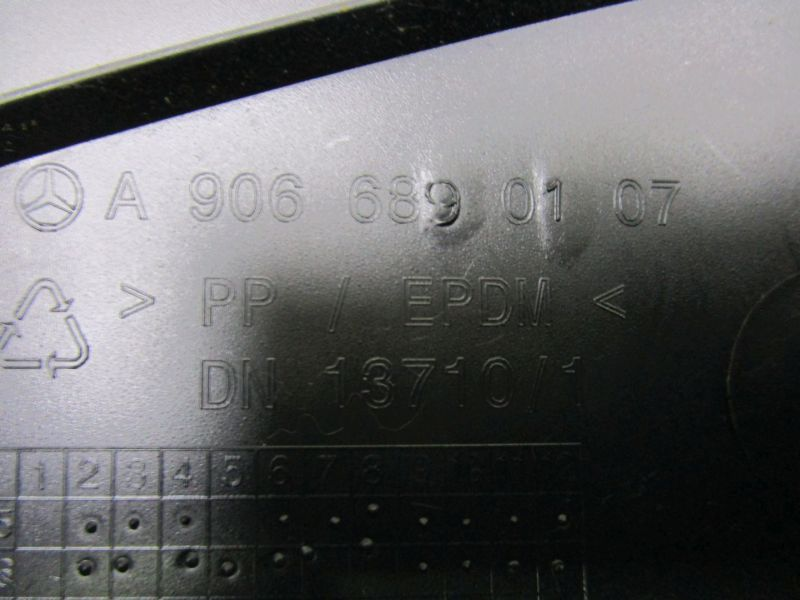 Armaturenbrett RechtsVW CRAFTER I (2F 2E) 06-12
