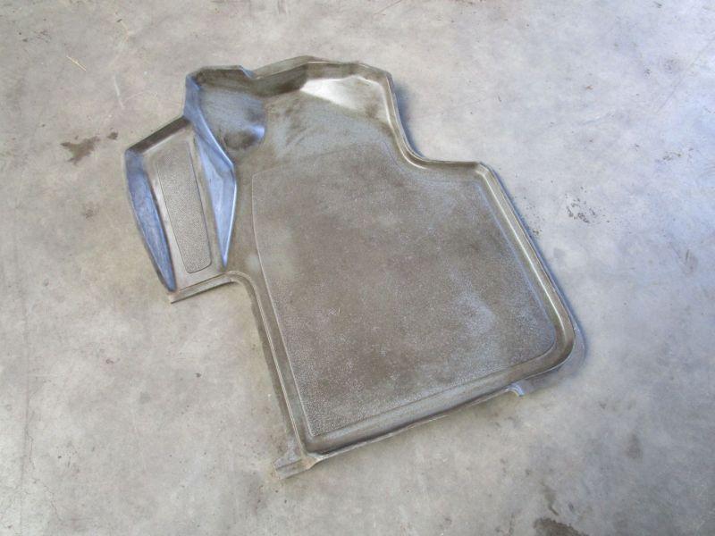 Fußmatte links vorn VW CRAFTER I (2F 2E) 06-12