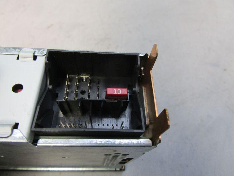 Radio VW T5 V 03-09 DOKA