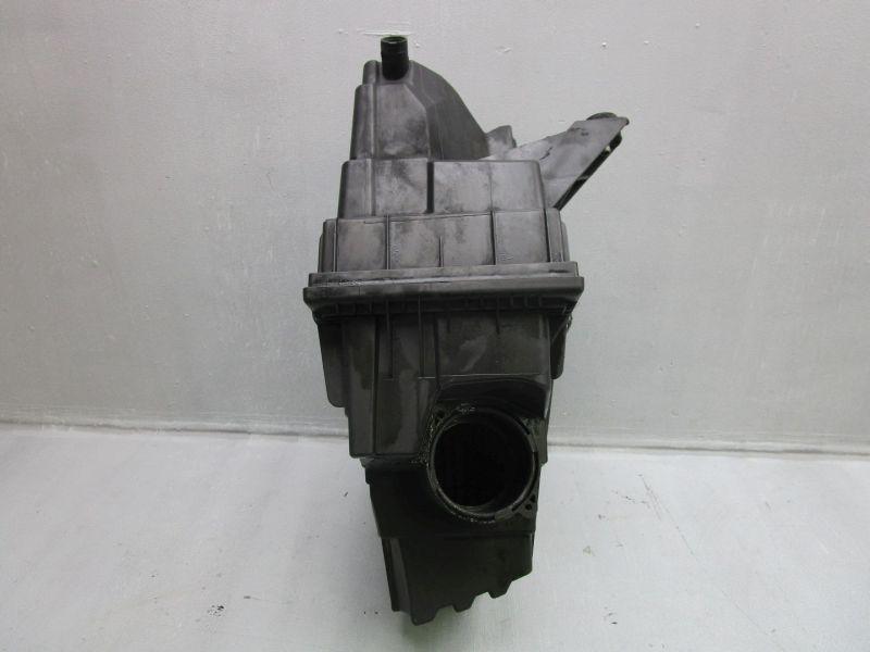 Luftfiltergehäuse Luftfilterkasten VW T5 V BUS 03-09
