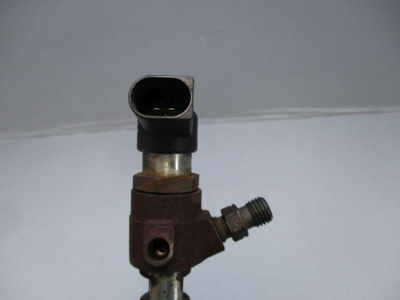 Einspritzdüse InjektorVW CADDY III 3 1.6 10-15